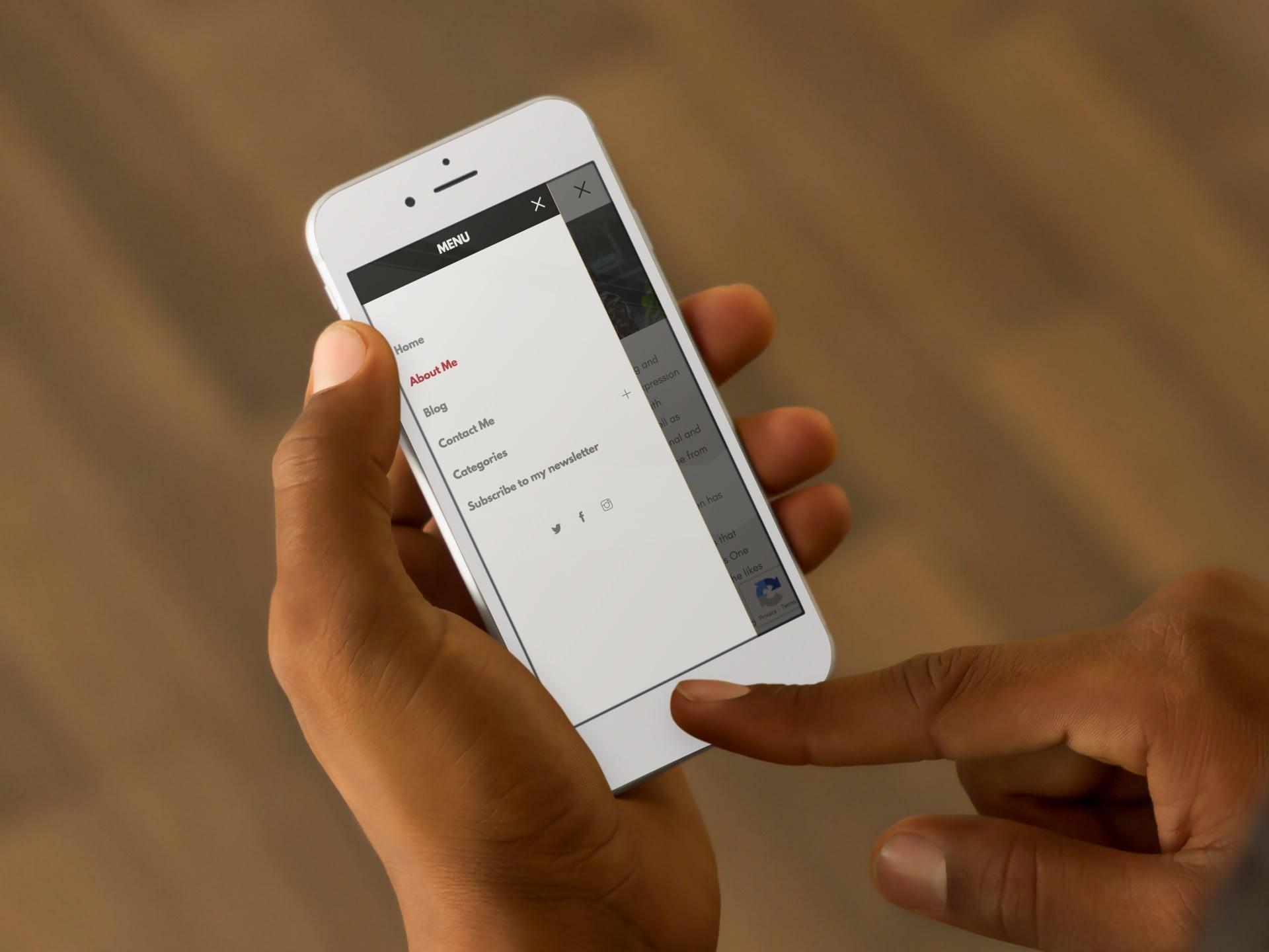 Helen Herimbi Website (Smartphone) | KEMOSO
